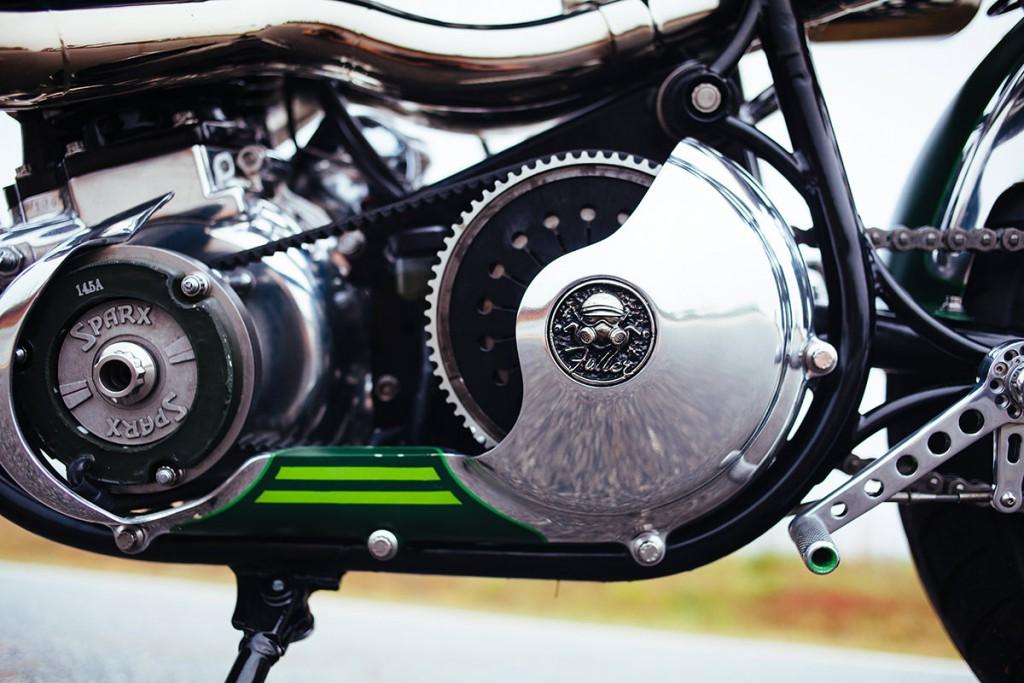 Norton commando par fuller moto, zoom sur la transmission primaire